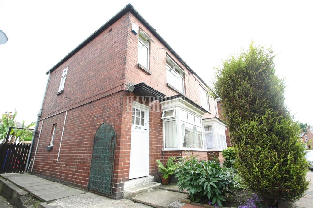 2 Bedrooms Semi Detached House for sale in Blayton Road, Pitsmoor