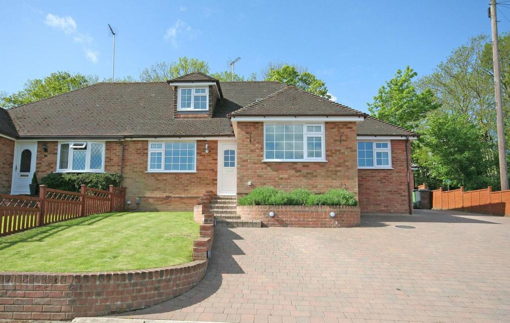 4 Bedrooms Semi Detached House for sale in Marquis Close, Harpenden, Hertfordshire