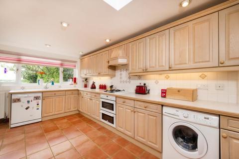 4 bedroom detached bungalow to rent - Gidley Way, Horspath, OX33 1TD
