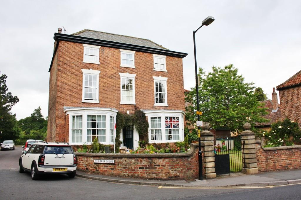 2 Bedrooms Apartment Flat for sale in Park Street, Ripon