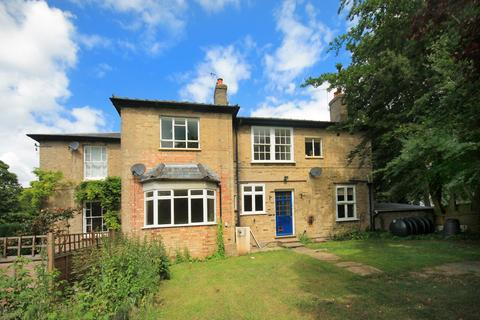 2 bedroom semi-detached house to rent - off Histon Road, Cambridge