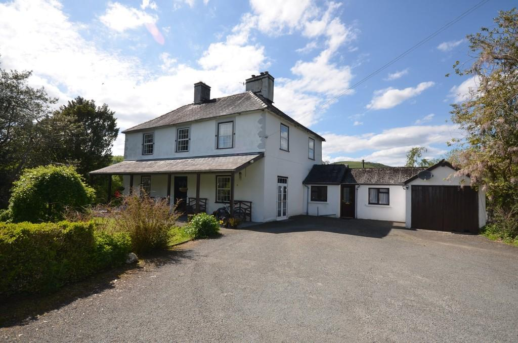 5 Bedrooms Manor House Character Property for sale in Cemmaes, Machynlleth