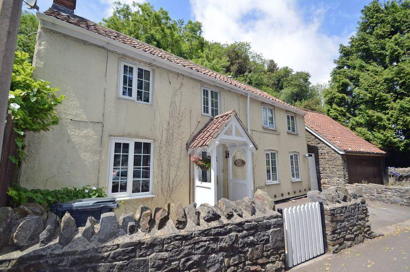 3 Bedrooms Cottage House for sale in A pretty location in East Clevedon