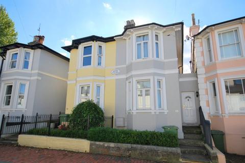 3 bedroom semi-detached house to rent - Garden Road, Tunbridge Wells