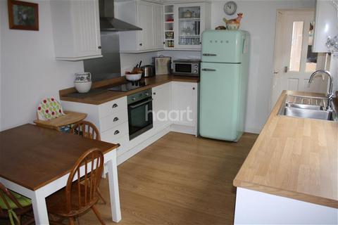 4 bedroom semi-detached house to rent - Queens Walk