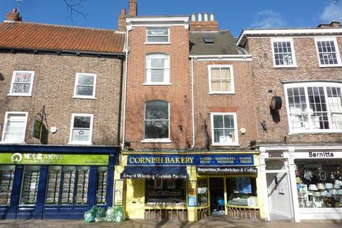 3 bedroom townhouse to rent - COLLIERGATE,KINGS SQUARE,YORK CITY CENTRE, YO1 8BN