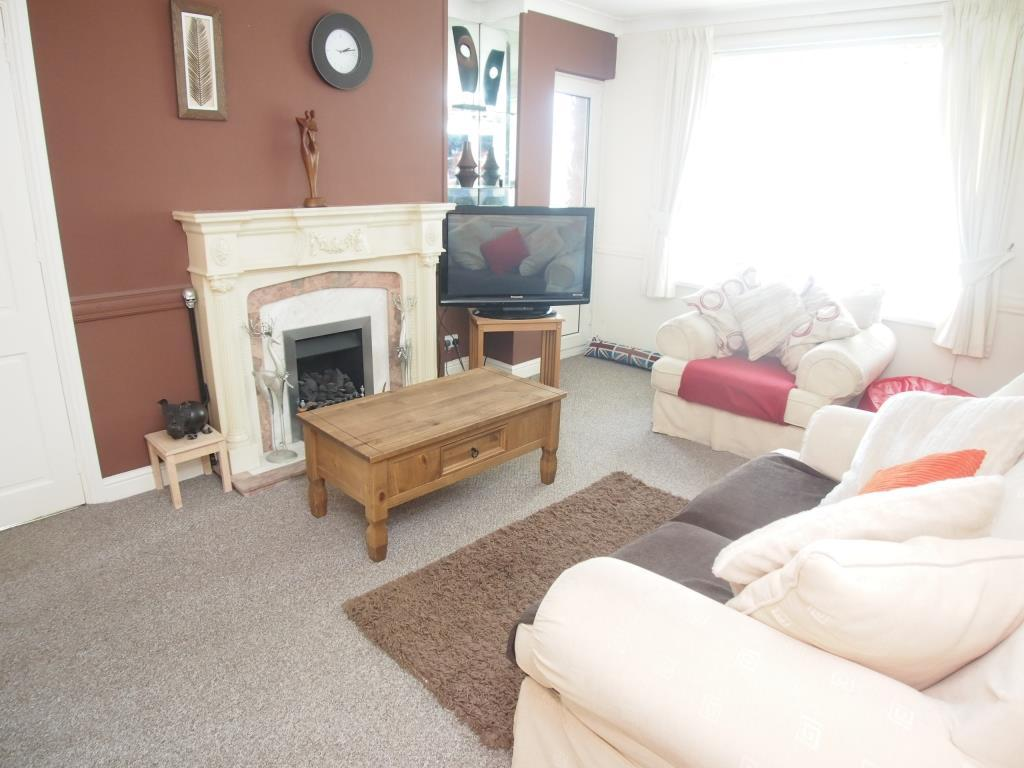 2 Bedrooms Apartment Flat for sale in Stanks Lane South, Leeds