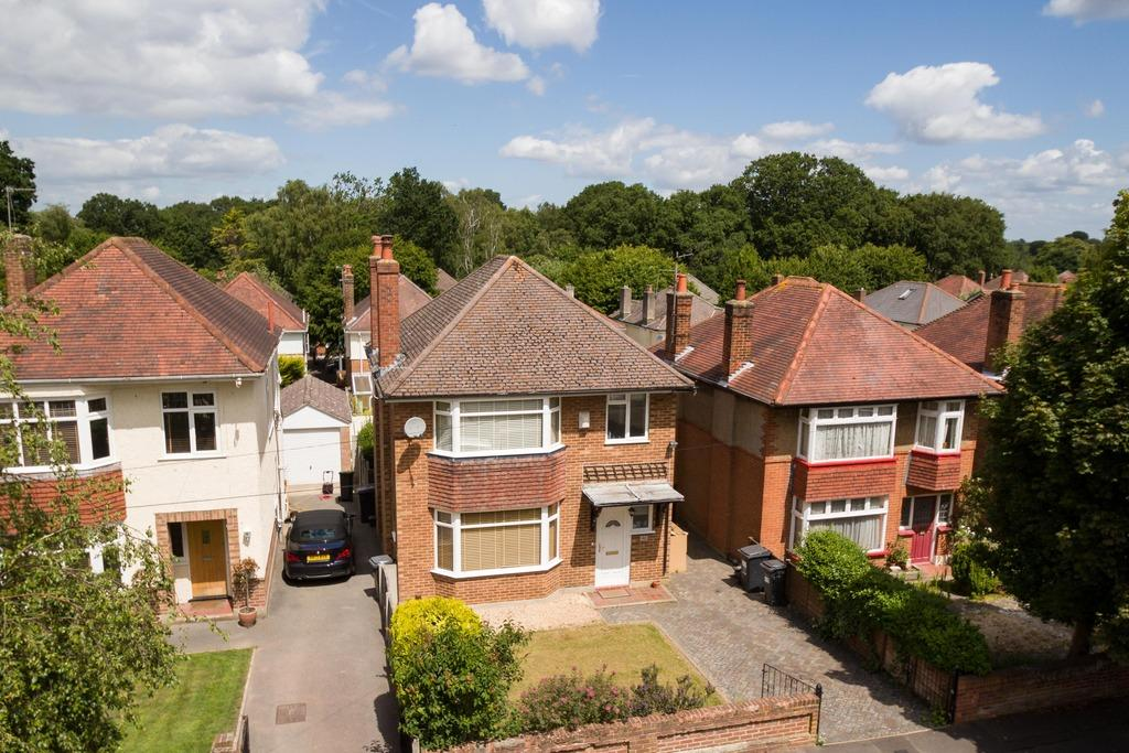 3 Bedrooms Detached House for rent in Normanhurst Avenue - Queens Park
