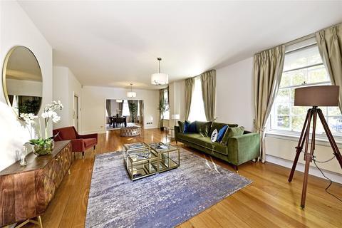 3 bedroom flat to rent - Hornton Court East, Kensington High Street, Kensington, London, W8
