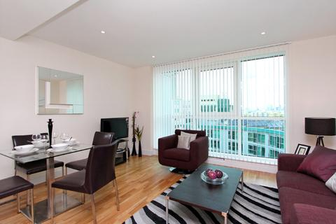 1 bedroom apartment to rent - St George Wharf, Vauxhall