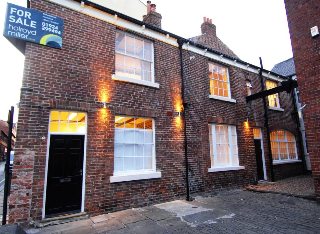 2 Bedrooms Detached House for sale in King Street, WAKEFIELD, West Yorkshire