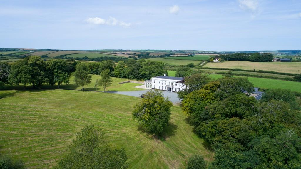 8 Bedrooms Manor House Character Property for sale in Portfield Gate, Haverfordwest, Pembrokeshire