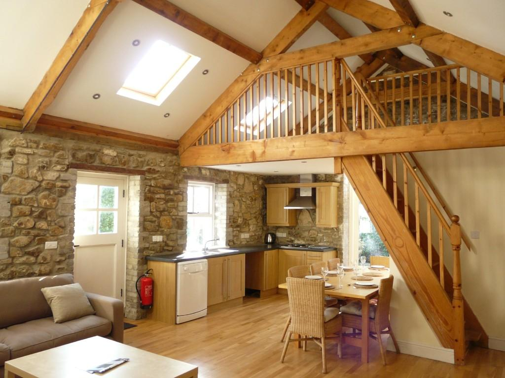 3 Bedrooms Barn Conversion Character Property for sale in Portfield Gate, Pembrokeshire