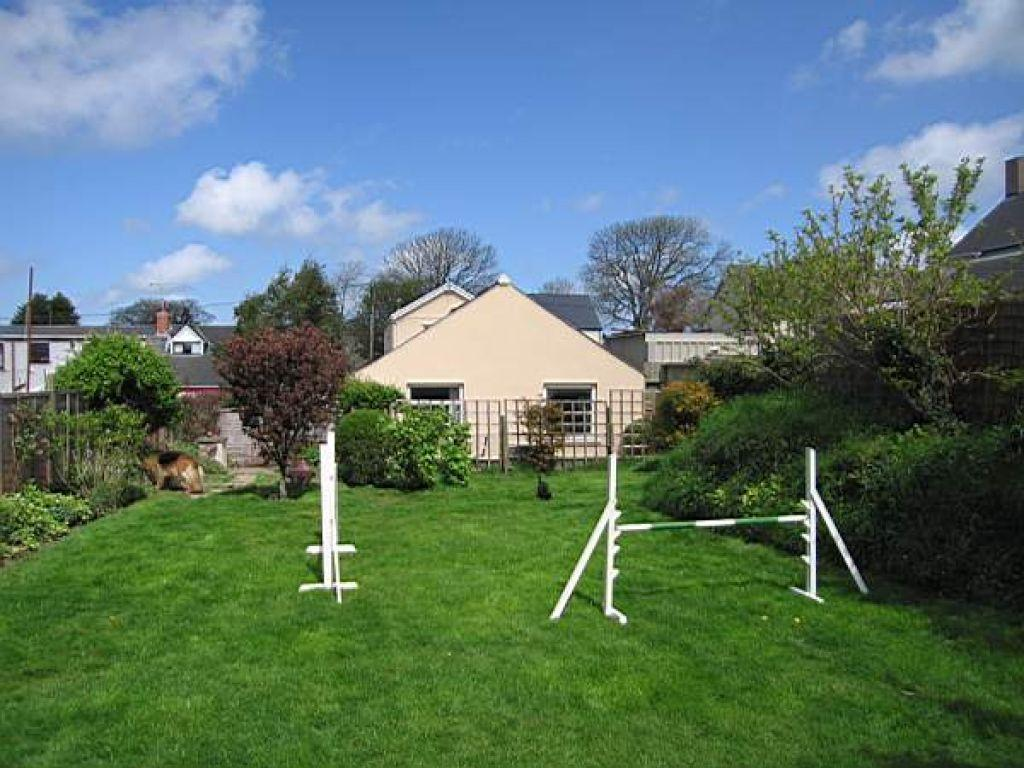 3 Bedrooms Detached House for sale in St Davids Road, Letterston, Haverfordwest