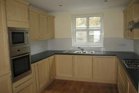 4 bedroom terraced house to rent - 121 Kensington Gardens, Haverfordwest. SA61 2SF