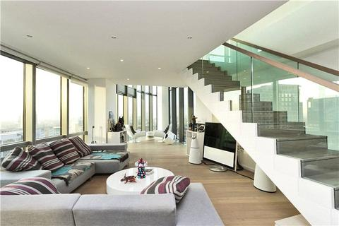 2 bedroom flat to rent - No. 1 West India Quay, 26 Hertsmere Road, Canary Wharf, London, E14