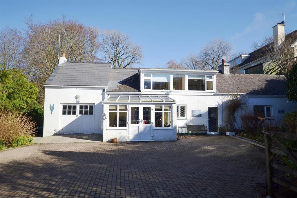 3 Bedrooms Detached House for sale in Cliff Road, Wisemans Bridge