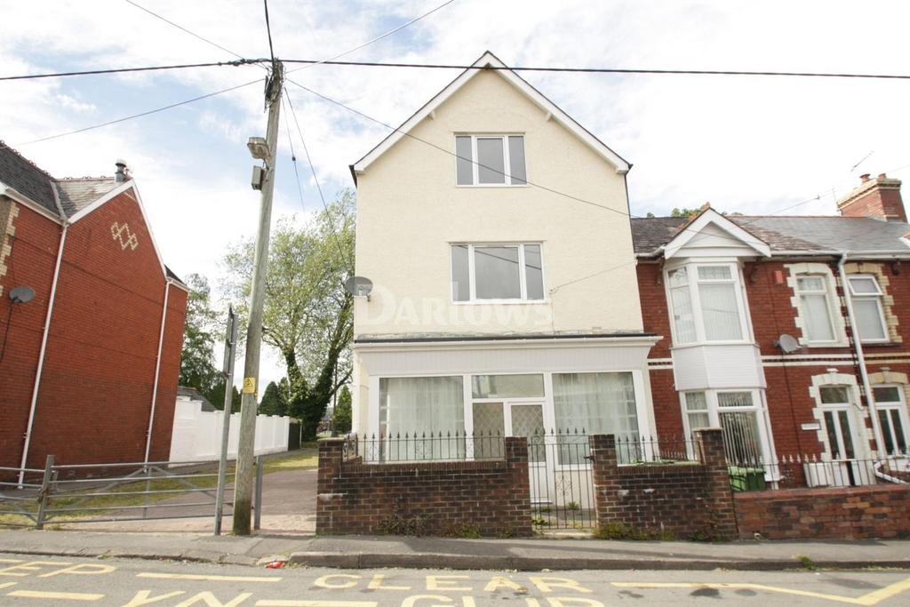 6 Bedrooms End Of Terrace House for sale in Conway Road, Pontypool