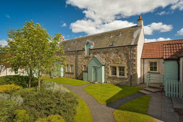 3 Bedrooms Terraced House for sale in No. 8 Balmashie Cottages, St. Andrews, Fife, KY16
