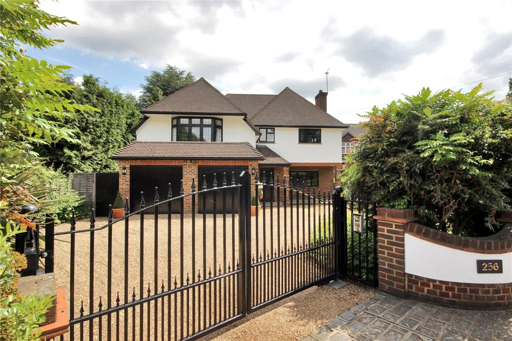 4 Bedrooms Detached House for sale in Chislehurst Road, Petts Wood, Kent, BR5