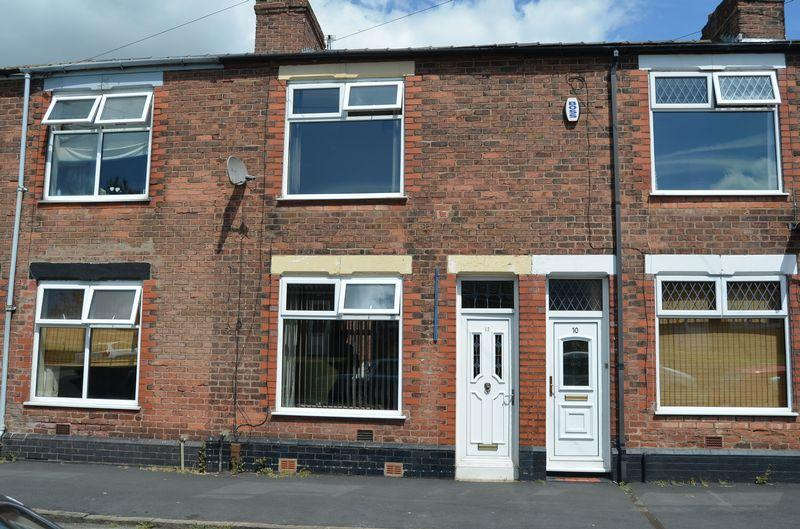 2 Bedrooms Terraced House for sale in Queens Road, Runcorn