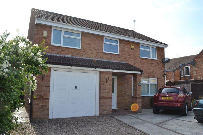 4 Bedrooms Detached House for sale in Hotspur Road, Gainsborough
