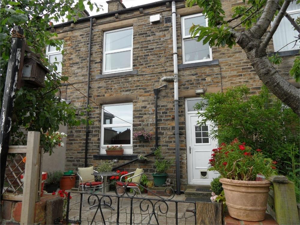 2 Bedrooms Terraced House for sale in Brookfoot Avenue, Birkenshaw, West Yorkshire