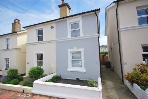 3 bedroom semi-detached house to rent - Dukes Road, Tunbridge Wells