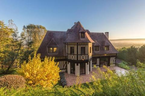 7 bedroom detached house  - Norman Half-Timbered House, Nr Deauville, Calvados, Normandy