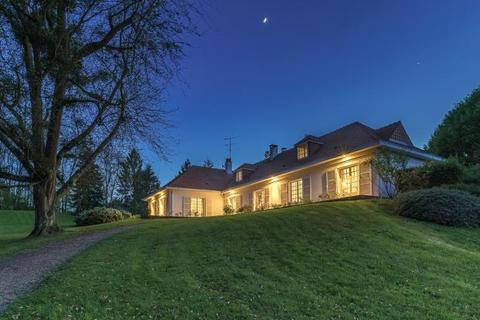 6 bedroom detached house  - Pays D'Auge Valley, Lisieux Countryside, Normandy