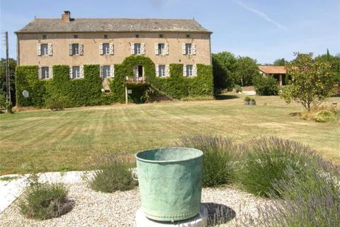 5 bedroom detached house  - Manor In Tarn Countryside, Cordes Sur Ciel, Tarn