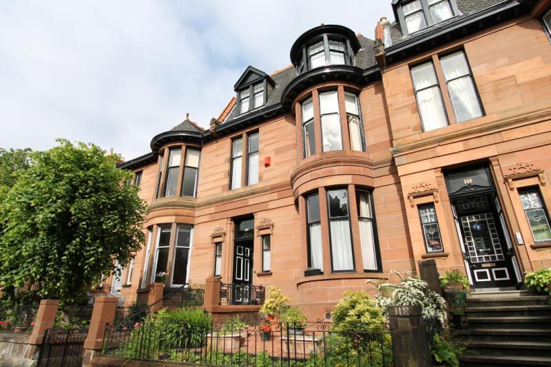 5 Bedrooms Terraced House for sale in Dowanhill Street, Queens Gate, Dowanhill, Glasgow