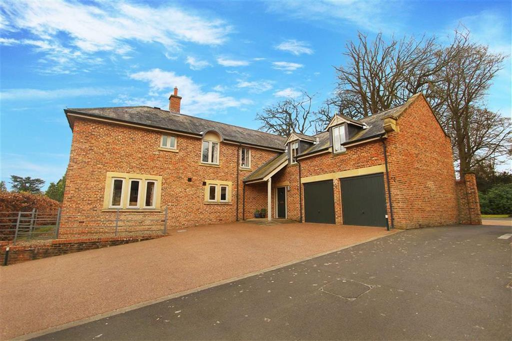 5 Bedrooms Detached House for sale in West Court, Hartford Hall