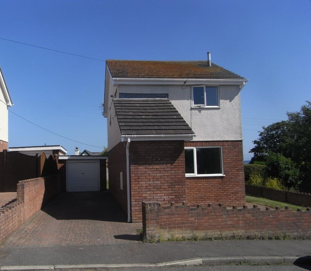 3 Bedrooms Detached House for sale in Ffordd Seiriol, Moelfre, North Wales