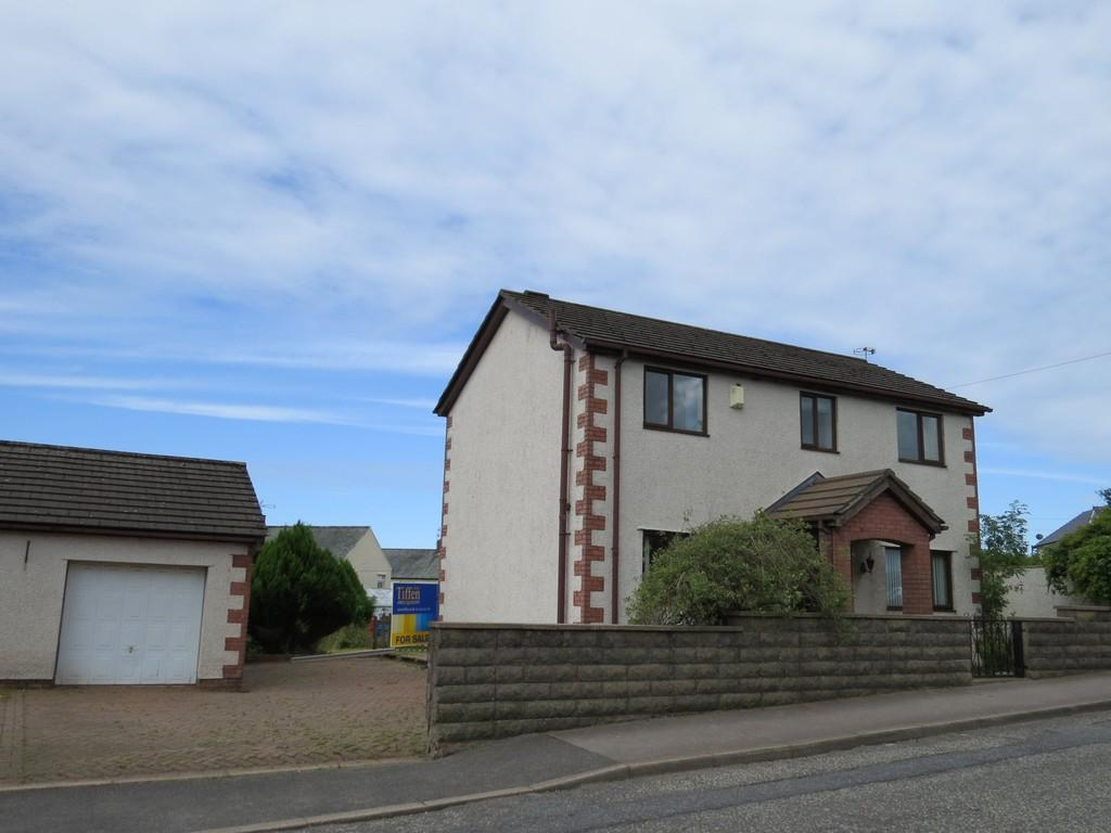 3 Bedrooms Detached House for sale in Frizington Road, Cleator Moor
