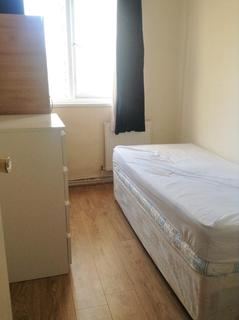 1 bedroom flat share to rent - Market Square, Crisp Street, Poplar, London, E14 6BU