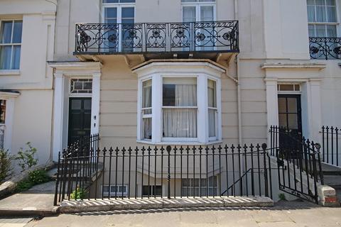 2 bedroom apartment to rent - Grove Street, Leamington Spa