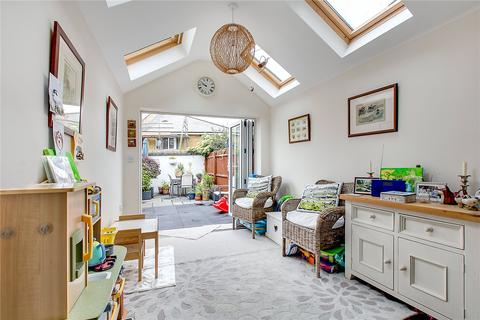 3 bedroom house to rent - Wilna Road, London