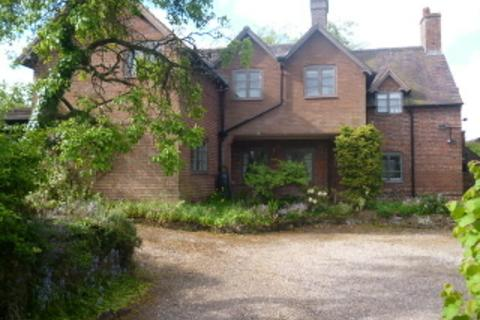 4 bedroom detached house to rent - Penny Heron  Heath Hill, Penny Heron