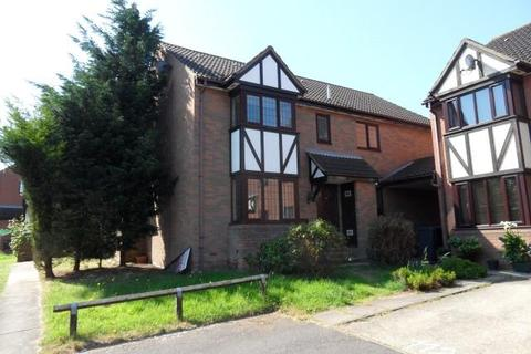 2 bedroom cluster house to rent - Hedley Rise, Wigmore, Luton, Bedfordshire, LU2 8UU