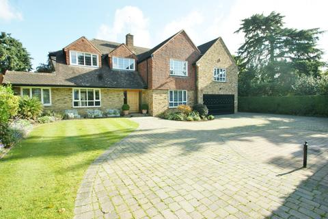 5 bedroom detached house to rent - Hill Waye, Gerrards Cross, SL9