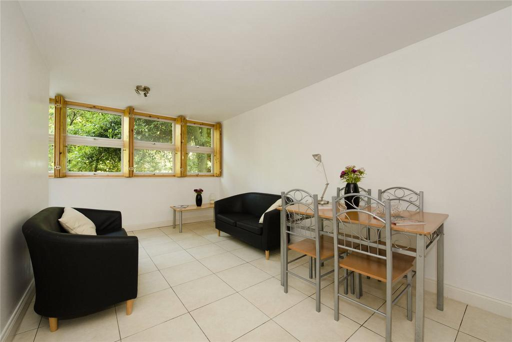 2 Bedrooms Flat for sale in South Rise, St. Georges Fields, London