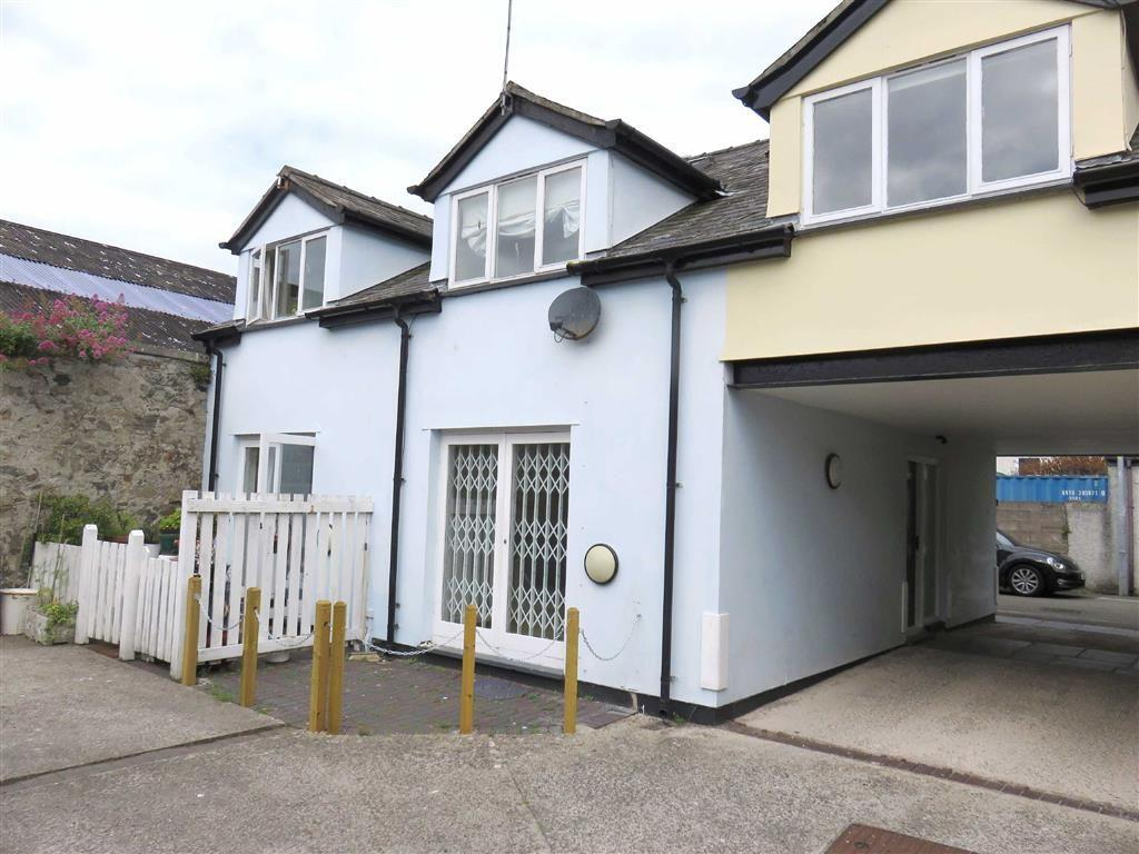 3 Bedrooms Terraced House for sale in Tai Glo, Beaumaris, Anglesey