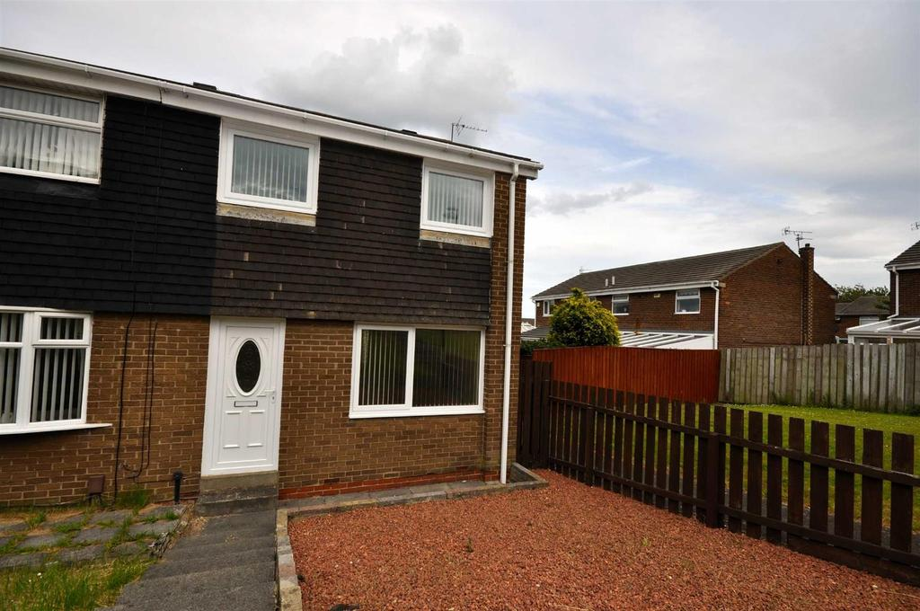 3 Bedrooms Terraced House for sale in Burlawn Close, Ryhope, Sunderland