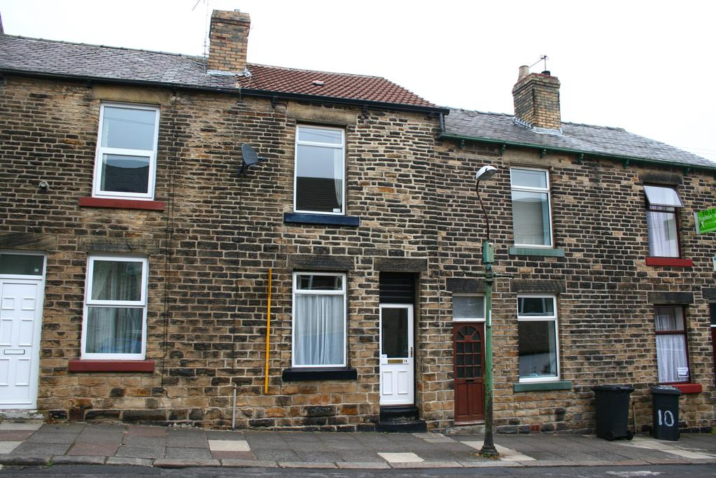 2 Bedrooms Terraced House for rent in Stothard Road, Crookes, Sheffield S10