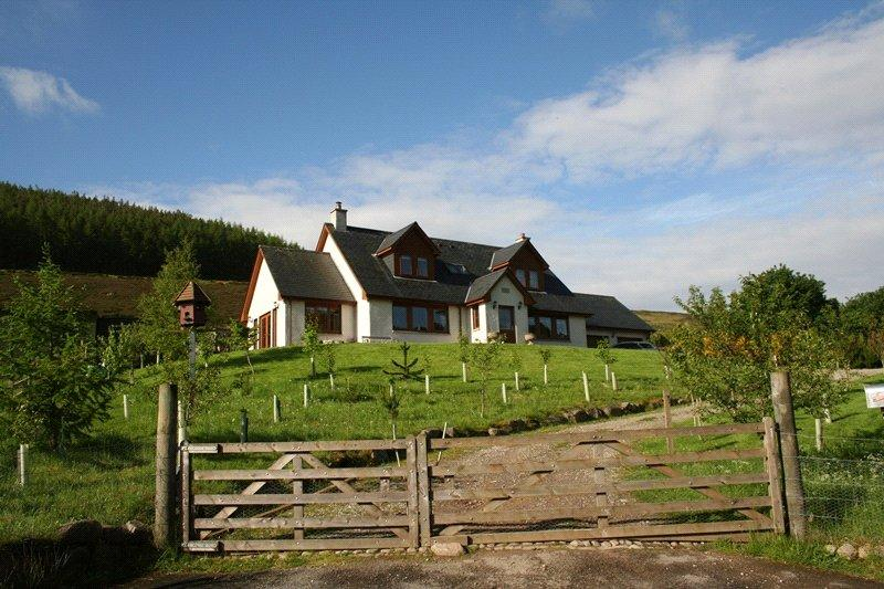 3 Bedrooms Detached House for sale in Willie Jack's Cottage, Dalmore, Rogart, IV28