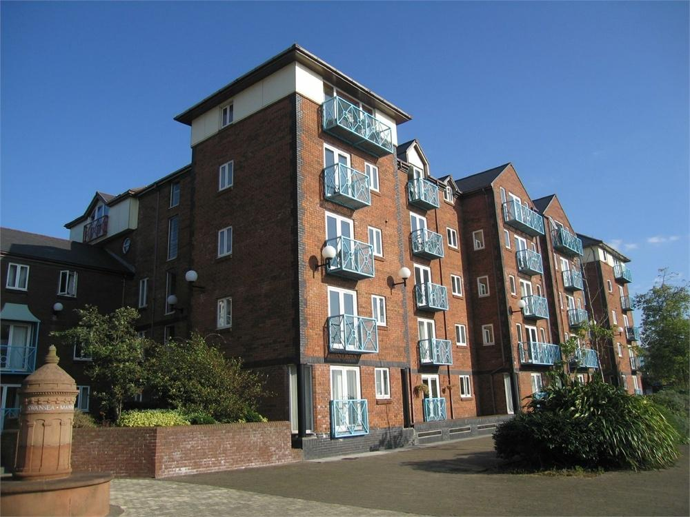 2 Bedrooms Flat for sale in Monmouth House, Maritime Quarter, SWANSEA