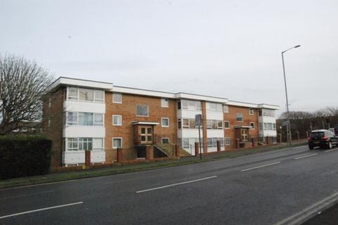 2 bedroom flat to rent - ROEDEAN ROAD, BRIGHTON