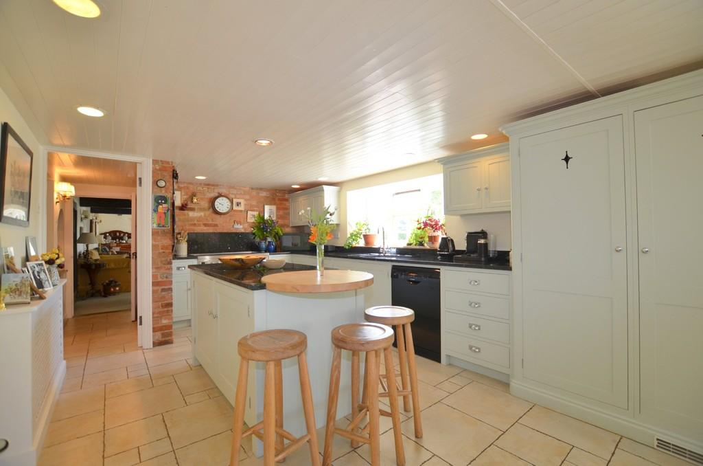 4 Bedrooms Detached House for sale in Mill Lane, Witnesham