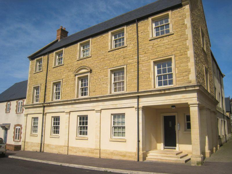 2 Bedrooms Apartment Flat for sale in Sherring Road, Shepton Mallet